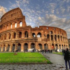 Ruski turista poželeo da se potpiše na Koloseumu
