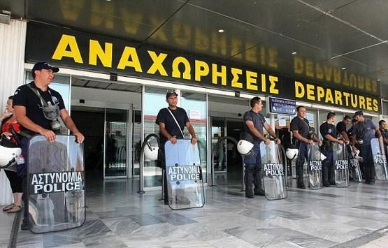 Aviokompanije otkazuju sutrašnje letove ka Grčkoj