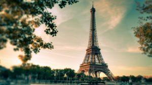 Da li ste znali da je noćno fotografisanje Ajfelovog tornja ilegalno?