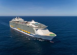 Najveći kruzer na svetu kreće na prvo krstarenje