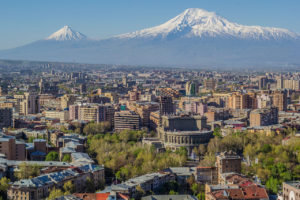 Jerevan, prestonica sa pogledom na Ararat
