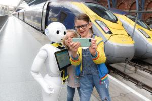 Robot Peper vas savetuje o putovanju Eurostarom