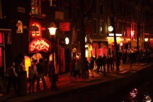 Amsterdam izbacio turiste iz Četvrti crvenih fenjera