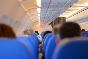 Ceo fudbalski tim izbačen iz aviona zbog pijanstva