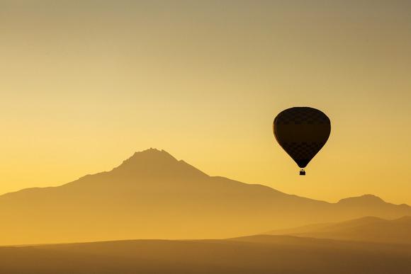 Vožnja balonom iznad rezervata Masai Mara je deo puta oko sveta za 80 dana