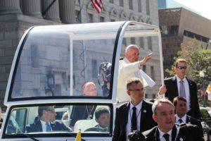 Papa Franja ne voli da putuje