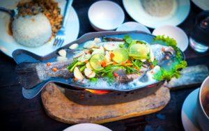 Okretanje ribe u tanjiru donosi nesreću u Kini