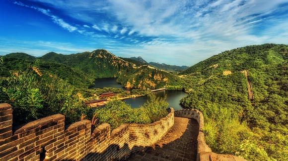 Veliki kineski zid je jedna od najpoznatijih atrakcija Kine