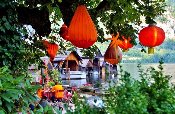 U Halštatu se nalaze brojni šarmantni kafei i restorani