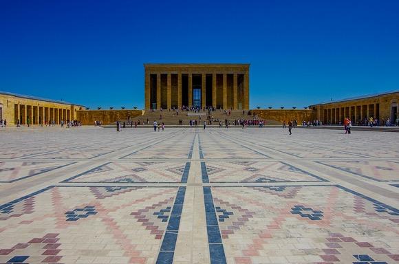 Mauzolej Ataturka je jedna od nezaobilaznih atrakcija Ankare