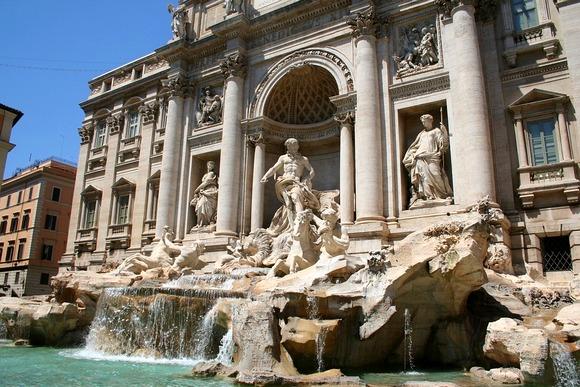 Fontana Di Trevi je jedan od simbola Rim