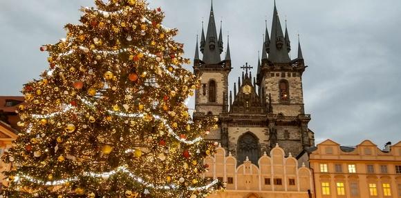 Praški božićni marketi su otvoreni svakog dana od 30.novembra do 06. januara, pa i na Badnje veče, Božić i za Novu godinu