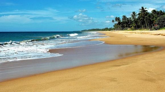 Jedan od glavnih aduta Šrli lanke su njene duge peščane plaže