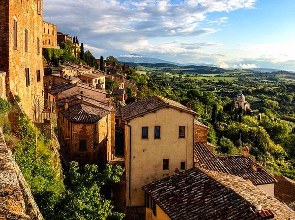 Italijani imaju poprilično drugačiji tempo života od nas. Njihove prodavnice i muzeji zatvaraju se sredinom dana, tako da svako može da se opusti i uživa u popodnevnom odmoru