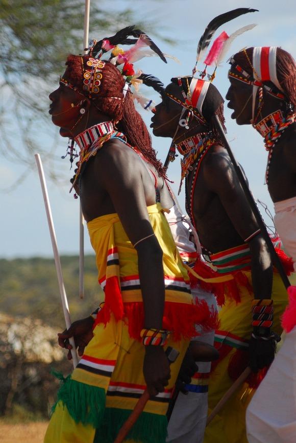 Danas u Keniji postoje 42 različite zajednice i vaš vodič verovatno pripada nekoj od njih
