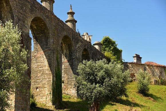 Ako ste ljubitelj istorije i miesterioznih evropskih viteških redova, preporučujemo vam jednodnevni obilazak grada Tomara