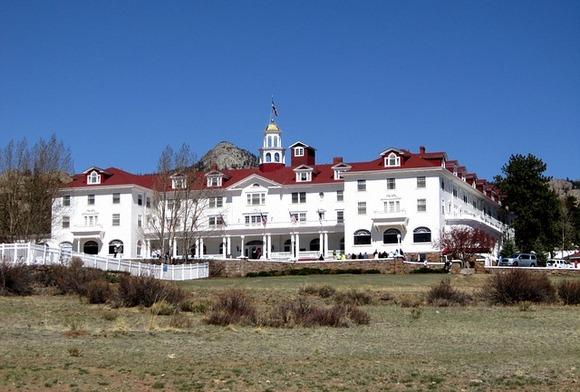"""Istorijski Stanley Hotel u Estes Parku u Koloradu, poslužio je kao inspiracija Stivenu Kingu za Overlook Hotel u čuvenom """"Isijavanju"""""""