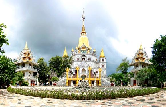 Vijetnam je uglavnom bezbedan, ali preduzmite standardne mere predostrožnosti imajući u vidu sitan kriminal usmeren ka turistima