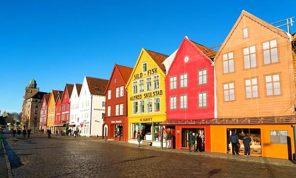 Verovatno niste znali da se najveći grad na svetu, napravljen od medenjaka, svake godine gradi u Bergenu u Norveškoj