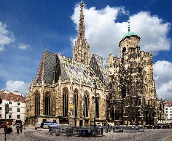 Beč ne želi da doživi sudbinu Venecije ili Barselone. Drugim rečima, ne želi da postane grad u kome se turisti doživljavaju kao opterećenje