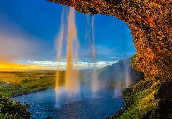 Turistima je preporučljivo da posete ovojedinstveno mesto ili rano ujutro ili uveče jertokom dana može biti prilična gužva
