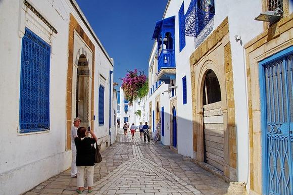 Za većinu odmora u mediteranskoj regiji jun je mesec koji se smatra predsezonom i za odmor u ovom periodu možete naći dobre ponude