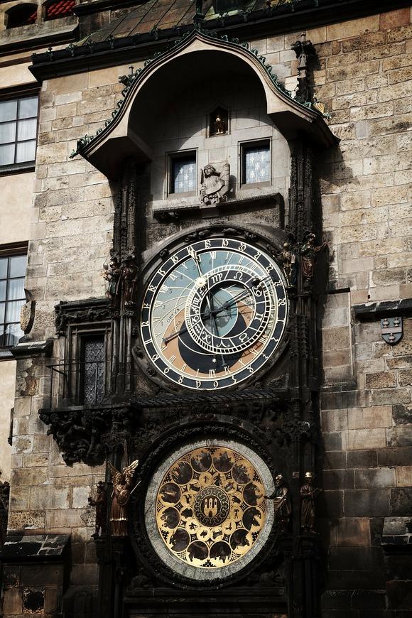 Praški Orloj je treći najstariji astronomski sat na svetu, a u funkciji je od 1410. godine