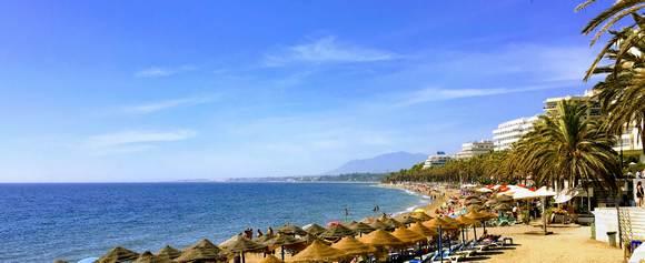 Ipak, osim luksuznih sadržaja u gradskoj marini, Puerto Banusu, Marbelja ima i drugu stranu