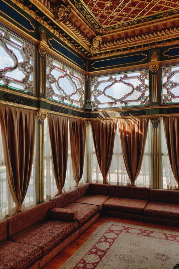 Najraskosnije prostorije Topkapi palate su bile sultanove odaje i paviljoni u trecem i cetvrtom dvoristu
