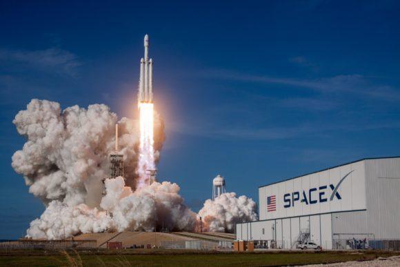 Space X planira da posalje prvog coveka u svemir