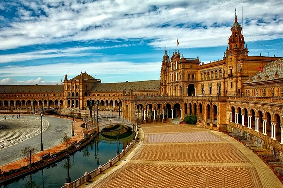 Ovo bi bio veliki udar za ekonomiju Španije, budući da prihod od turizma čini 12,5%