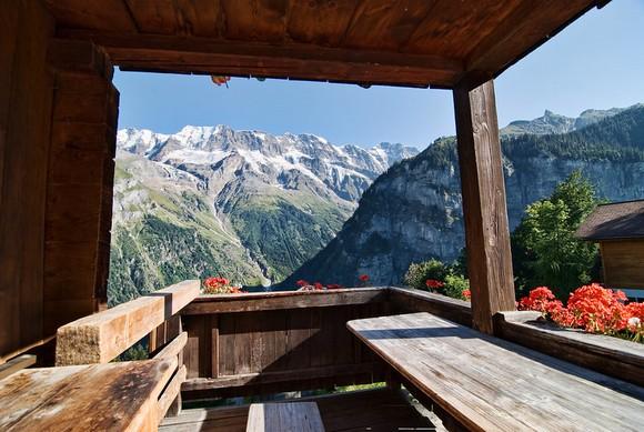 Gimelvald je selo u Alpima dostupno zahvaljujući žičari