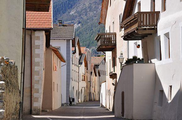 Glorenca je minijaturni alpski gradić u Italiji