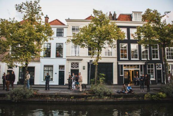 Hag je pored Amsterdama glavni grad Holandije