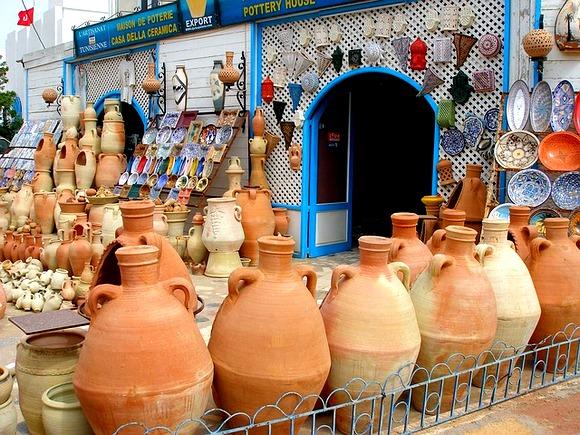 U Sidi Bu Saidu cene suvenira su izuzetno skupe