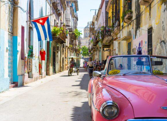 Kuba planira da pokrene turizam besplatnim testiranjem na Covid-19