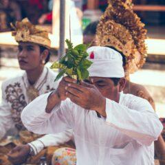 Bali – masovne molitve za ponovno otvaranje ostrva