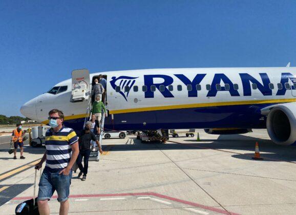 Ryanair odlazi iz Irske ukoliko se restrikcije oko putovanja ne ukinu?
